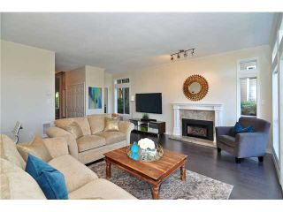 """Photo 3: 620 W 26TH Avenue in Vancouver: Cambie Townhouse for sale in """"Grace Estates"""" (Vancouver West)  : MLS®# V1069427"""