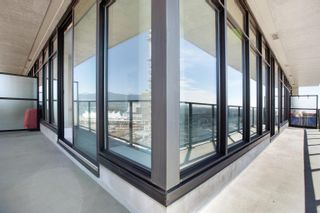 """Photo 17: 2505 108 W CORDOVA Street in Vancouver: Downtown VW Condo for sale in """"Woodwards"""" (Vancouver West)  : MLS®# R2609686"""