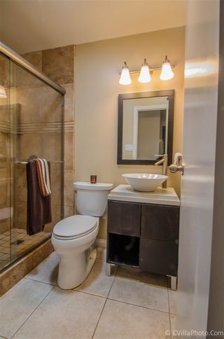 Photo 8: CLAIREMONT House for sale : 3 bedrooms : 3620 Fireway in San Diego