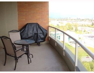 """Photo 8: 1801 6888 STATION HILL Drive in Burnaby: South Slope Condo for sale in """"THE SAVOY CARLTON"""" (Burnaby South)  : MLS®# V827372"""