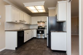 "Photo 3: 302 1500 MERKLIN Street: White Rock Condo for sale in ""Cimarron"" (South Surrey White Rock)  : MLS®# F1429008"