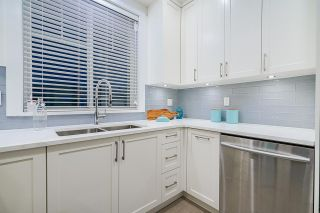 Photo 18: 2095 E 10TH Avenue in Vancouver: Grandview Woodland 1/2 Duplex for sale (Vancouver East)  : MLS®# R2500962