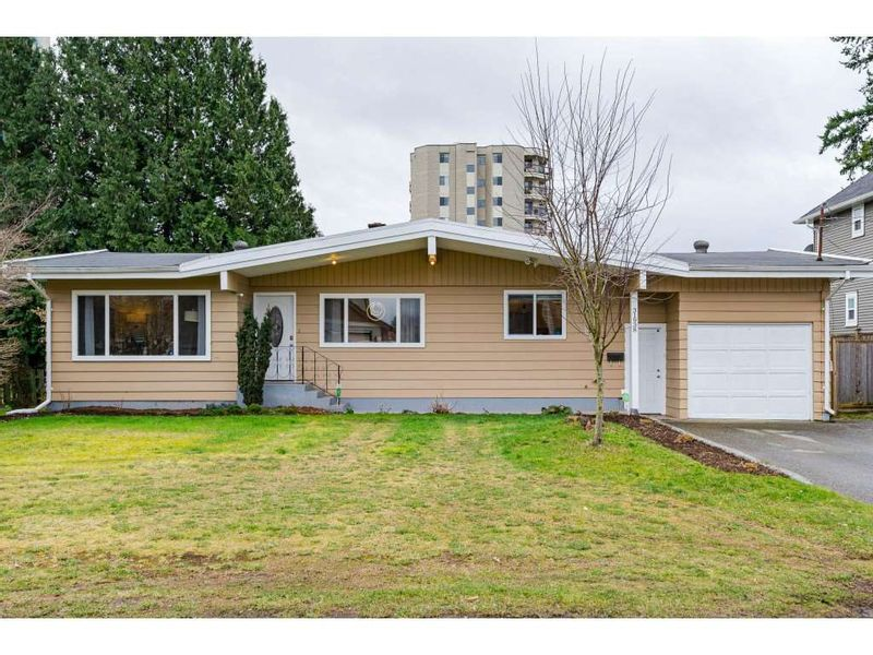 FEATURED LISTING: 31938 HOPEDALE Avenue Abbotsford