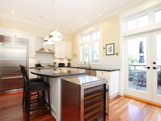Photo 3: 2580 VINE Street in Vancouver: Kitsilano Townhouse for sale (Vancouver West)  : MLS®# V989268