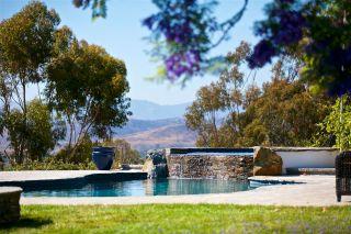 Photo 8: OCEANSIDE House for sale : 4 bedrooms : 360 Vista Marazul
