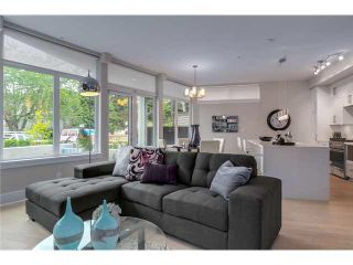 """Photo 3: 201 2028 YORK Avenue in Vancouver: Kitsilano Townhouse for sale in """"YORK"""" (Vancouver West)  : MLS®# V1071116"""