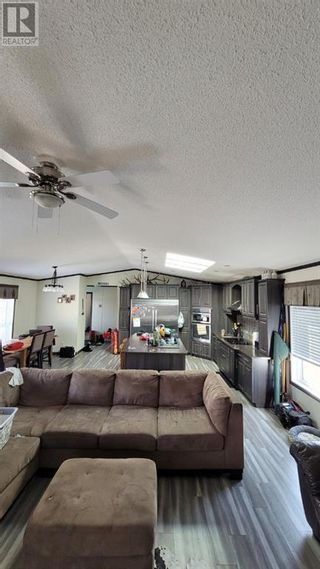 Photo 5: 114 Hi-way 10X in Drumheller: House for sale : MLS®# A1085511
