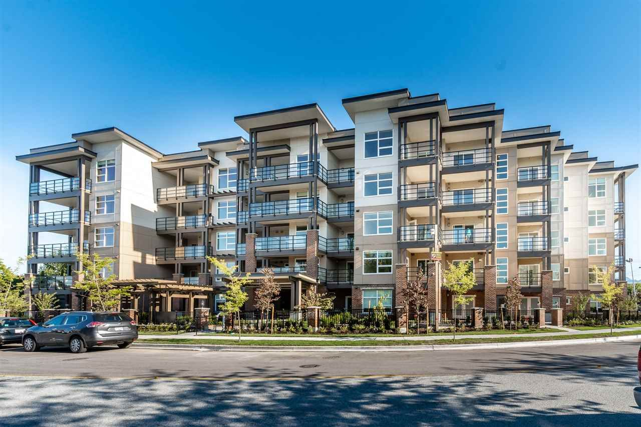 """Main Photo: 408 22577 ROYAL Crescent in Maple Ridge: East Central Condo for sale in """"The Crest"""" : MLS®# R2528410"""