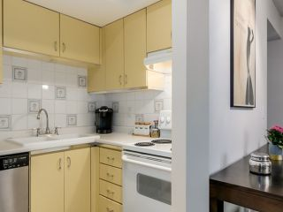 """Photo 6: 2307 ALDER Street in Vancouver: Fairview VW Townhouse for sale in """"ALDERWOOD PLACE"""" (Vancouver West)  : MLS®# V1124045"""