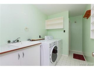 Photo 14: 515 Broadway St in VICTORIA: SW Glanford House for sale (Saanich West)  : MLS®# 712844