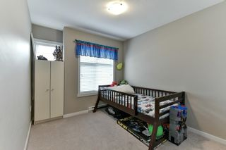 Photo 13: 81 6123 138 Street in Surrey: Sullivan Station Townhouse for sale : MLS®# R2143149