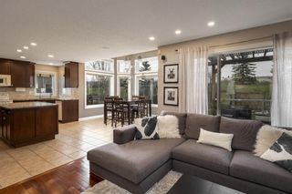 Photo 12: 112 Simcoe Close SW in Calgary: Signal Hill Detached for sale : MLS®# A1105867
