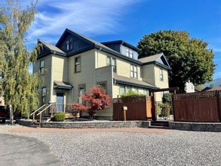 Photo 1: 3403 27th Street, in Vernon: House for sale : MLS®# 10240330