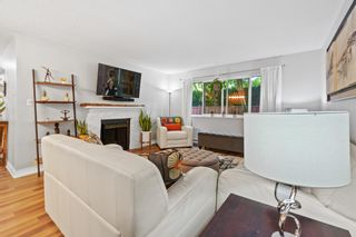 """Photo 2: 11658 KINGSBRIDGE Drive in Richmond: Ironwood Townhouse for sale in """"Kingswood Downes"""" : MLS®# R2598051"""
