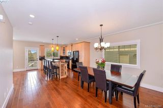 Photo 10: 942 Arngask Ave in VICTORIA: La Bear Mountain House for sale (Langford)  : MLS®# 806607