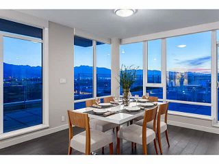 """Photo 11: 2107 1618 QUEBEC Street in Vancouver: Mount Pleasant VE Condo for sale in """"CENTRAL"""" (Vancouver East)  : MLS®# V1142760"""