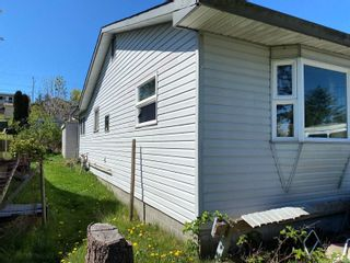 Photo 3: 656 Alder St in : CR Campbell River Central House for sale (Campbell River)  : MLS®# 873658