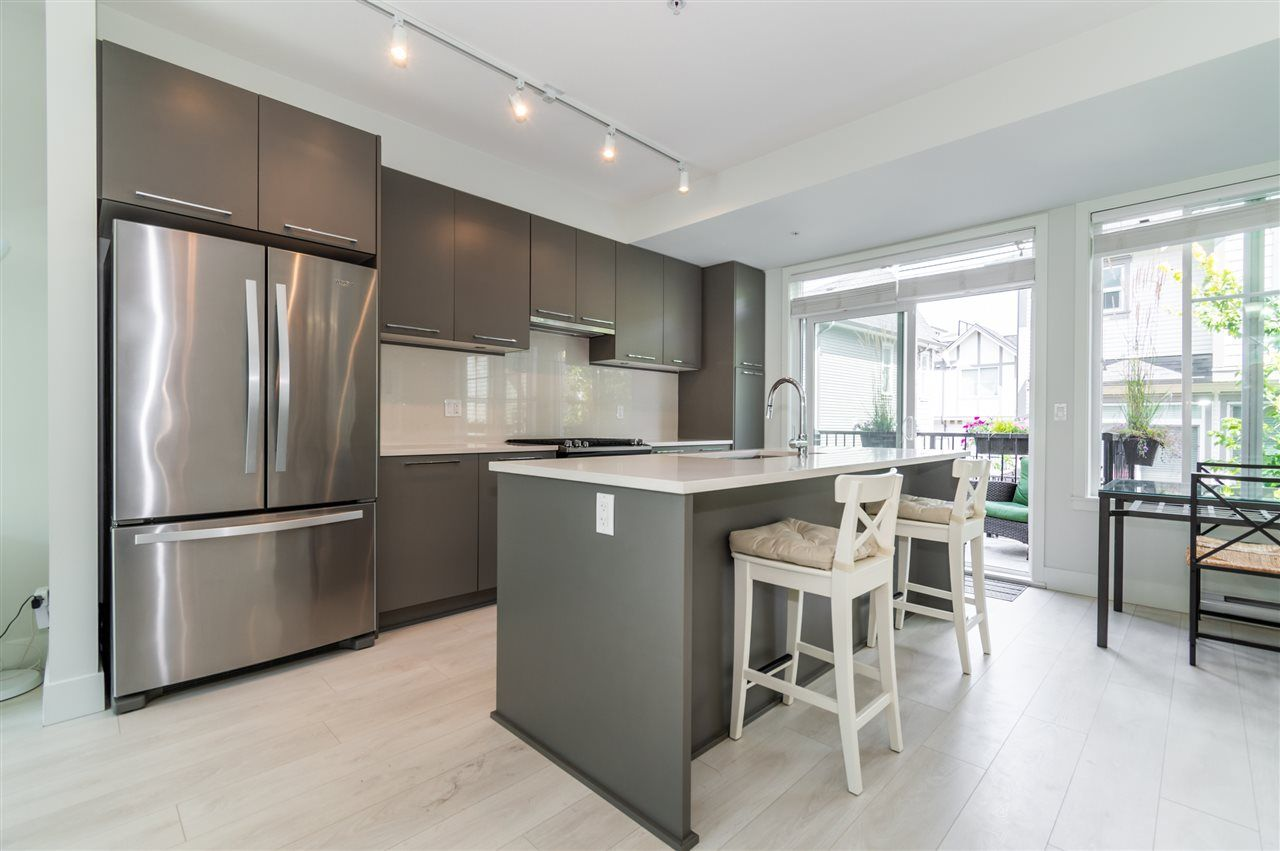 """Main Photo: 63 8217 204B Street in Langley: Willoughby Heights Townhouse for sale in """"Everly Green"""" : MLS®# R2485822"""