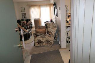 Photo 4: F 16413 89 Avenue in Edmonton: Zone 22 Townhouse for sale : MLS®# E4245439