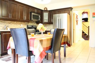Photo 6: 866 Blyleven Boulevard in Mississauga: Freehold for sale