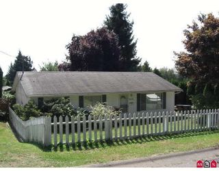 Photo 1: 32176 14TH Avenue in Mission: Mission BC House for sale : MLS®# F2824841