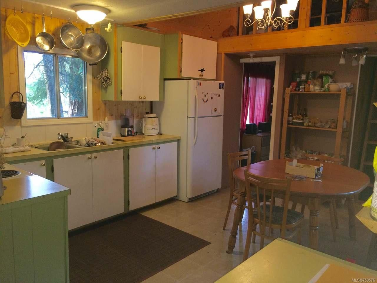 Photo 4: Photos: 3537 HARRIS Crescent in HILLIERS: PQ Errington/Coombs/Hilliers Manufactured Home for sale (Parksville/Qualicum)  : MLS®# 759576