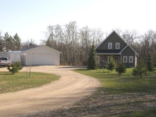 Photo 3: 44 Fairview Road in RM Springfield: Single Family Detached for sale : MLS®# 1206541
