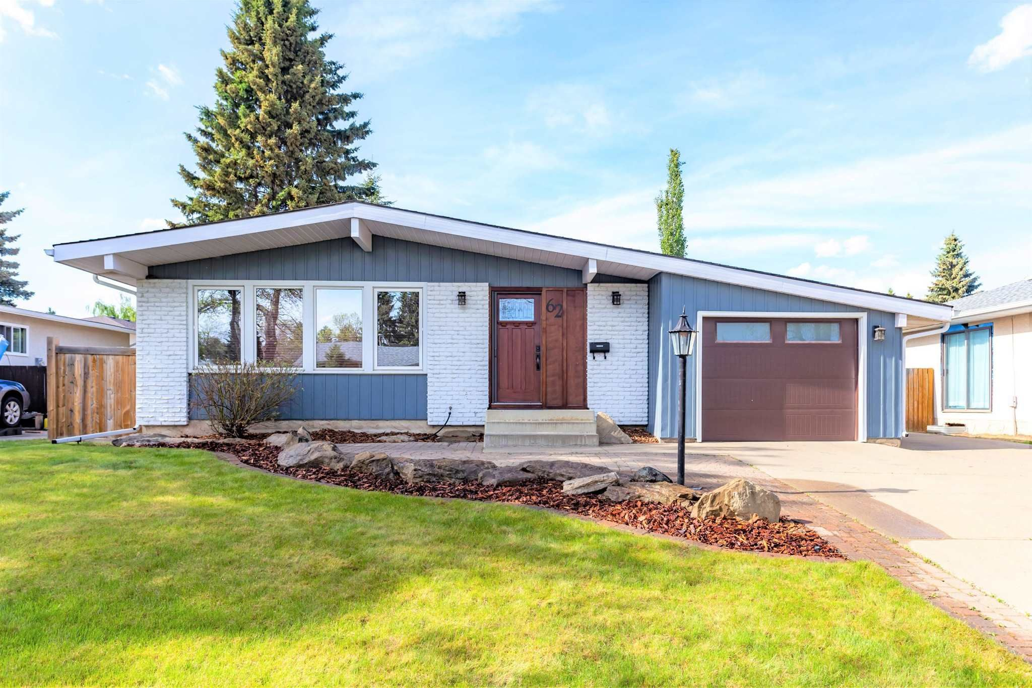 Main Photo: 62 Forest Drive: St. Albert House for sale : MLS®# E4247245