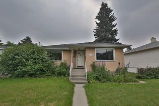 Main Photo: 2015 23 Avenue NW in Calgary: Banff Trail Detached for sale : MLS®# A1131057
