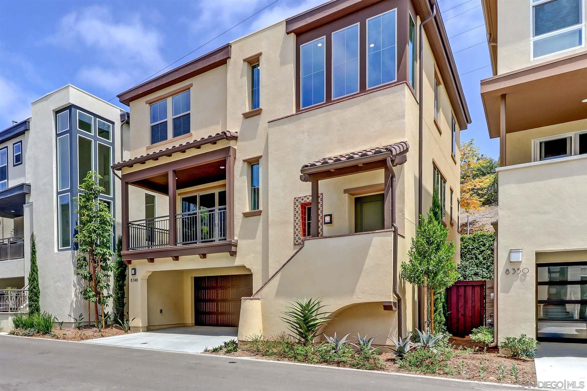 Main Photo: MISSION VALLEY House for rent : 4 bedrooms : 8348 Summit Way in San Diego
