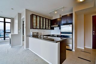 Photo 8: 1004 4250 DAWSON Street in Burnaby: Brentwood Park Condo for sale (Burnaby North)  : MLS®# R2132918
