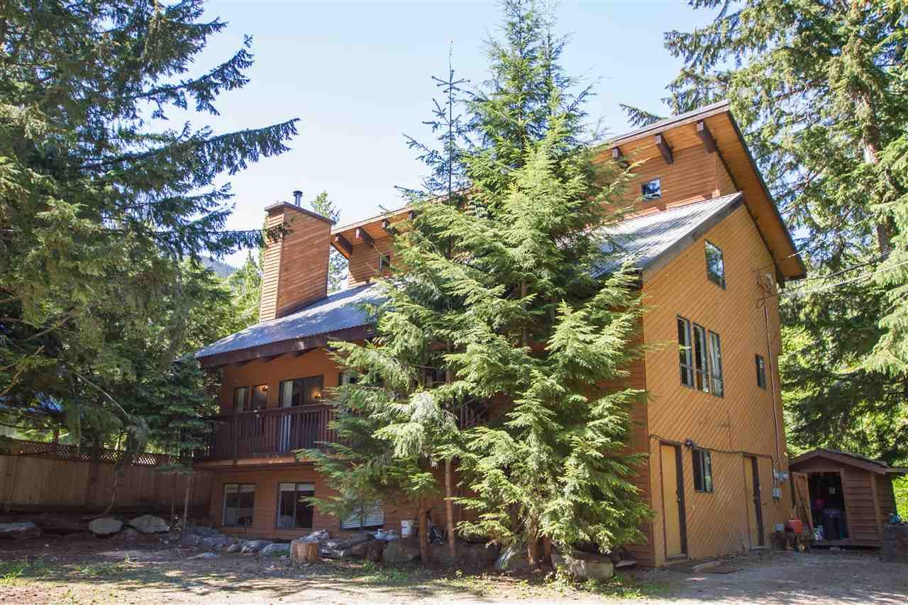 """Main Photo: 8123 ALPINE Way in Whistler: Alpine Meadows House for sale in """"Alpine Meadows"""" : MLS®# R2591210"""