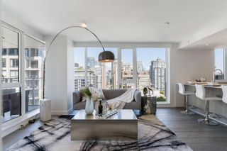 Main Photo: 1702 1111 RICHARDS STREET in Vancouver: Yaletown Condo for sale (Vancouver West)  : MLS®# R2603131