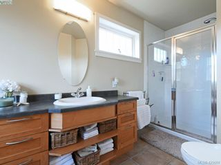 Photo 13: 4142 Auldfarm Lane in VICTORIA: SW Strawberry Vale House for sale (Saanich West)  : MLS®# 832601