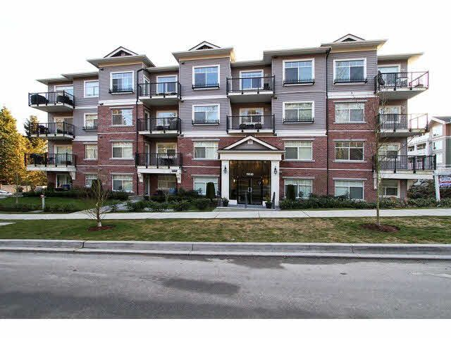 "Main Photo: 402 19530 65TH Avenue in Surrey: Clayton Condo for sale in ""WILLOW GRAND"" (Cloverdale)  : MLS®# F1418873"