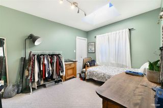"""Photo 18: 3825 W 19TH Avenue in Vancouver: Dunbar House for sale in """"Dunbar"""" (Vancouver West)  : MLS®# R2495475"""