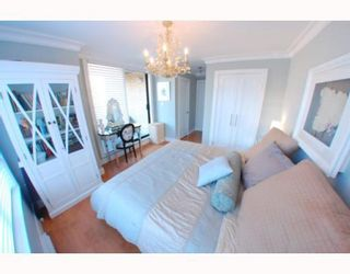 """Photo 4: 1102 1189 HOWE Street in Vancouver: Downtown VW Condo for sale in """"THE GENESIS"""" (Vancouver West)  : MLS®# V779458"""