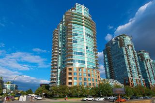 """Main Photo: 1603 120 MILROSS Avenue in Vancouver: Downtown VE Condo for sale in """"The Birghton"""" (Vancouver East)  : MLS®# R2626119"""