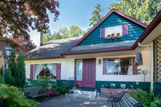 Photo 3: 901 RICHMOND Place in Port Coquitlam: Lincoln Park PQ House for sale : MLS®# R2170593