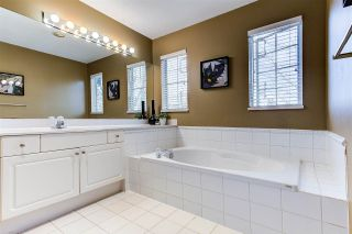 """Photo 15: 128 2998 ROBSON Drive in Coquitlam: Westwood Plateau Townhouse for sale in """"Foxrun"""" : MLS®# R2551849"""