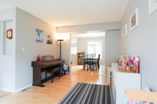 Photo 4: 35 Altomare Place in Winnipeg: Canterbury Park Residential for sale (3M)  : MLS®# 202117435