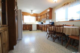 Photo 2: 2213 Douglas Avenue in North Battleford: Residential for sale : MLS®# SK846153