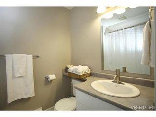 Photo 17: 103 3259 Alder St in VICTORIA: Vi Mayfair Condo for sale (Victoria)  : MLS®# 691053
