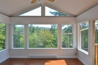 Photo 9: 5704 CARMEL Place in Sechelt: Sechelt District House for sale (Sunshine Coast)  : MLS®# R2122869