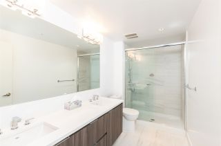 """Photo 7: 704 4900 LENNOX Lane in Burnaby: Metrotown Condo for sale in """"The Park"""" (Burnaby South)  : MLS®# R2553108"""