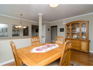 """Photo 11: 984 RANCH PARK Way in Coquitlam: Ranch Park House for sale in """"RANCH PARK"""" : MLS®# V1067792"""