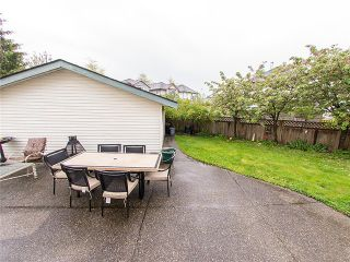 Photo 15: 18488 65A AV in Surrey: Cloverdale BC House for sale (Cloverdale)  : MLS®# F1410742
