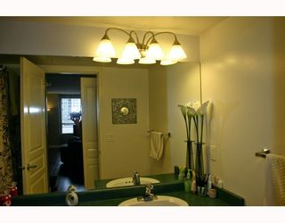 """Photo 6: 615 3588 VANNESS Avenue in Vancouver: Collingwood VE Condo for sale in """"Emerald Park Court"""" (Vancouver East)  : MLS®# V721137"""