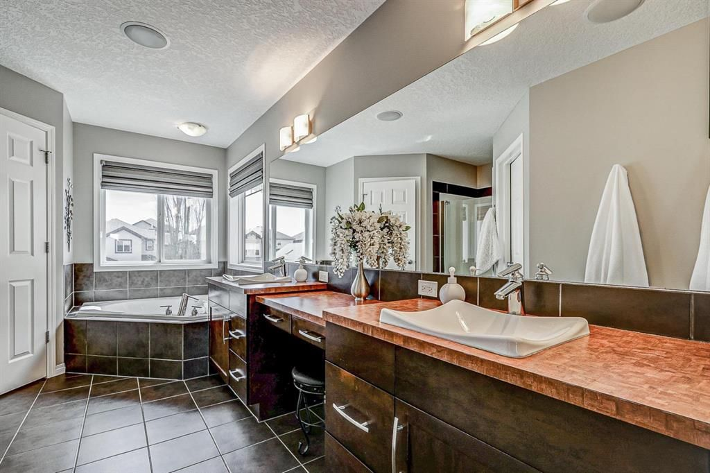 Photo 28: Photos: 66 Everhollow Rise SW in Calgary: Evergreen Detached for sale : MLS®# A1101731