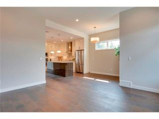 Photo 14: 3715 43 Street SW in Calgary: Glenbrook House for sale : MLS®# C4027438
